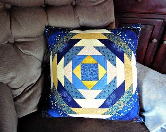 Pineapple Log Cabin Quilt Top Pillow Case with Pillow
