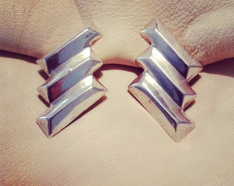 Super chic Art Deco zig zag 80s sterling silver earrings clip