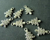 Destash (8) Fancy Christmas Charms - for pendants, jewelry making, crafts, scrapbooking