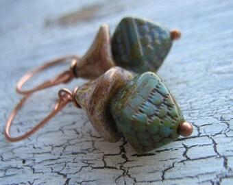 Brawn-Picasso Glass flower Earrings