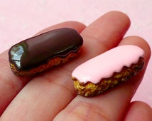 Éclair Cabochons / Kawaii Dollhouse Chocolate Pastry Cabochons (2pcs / 11mm x 24mm) Fake Miniature Sweets Deco Resin Decoden Pieces FCAB118