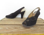 vintage 1940s 40s suede heels / BLACK BEAUTIES