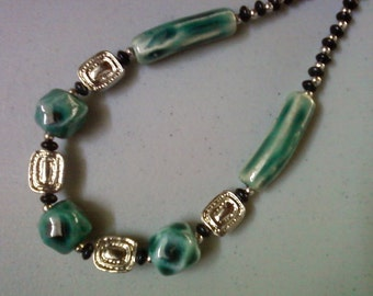 Teal, Silver and Black Necklace (1292)