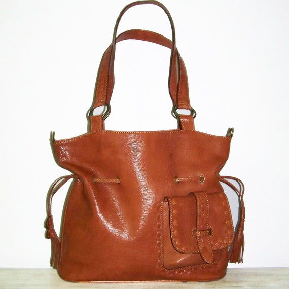 SALE. Caramel Leather Bag - Handbag - Messenger Bag - Cross-body Bag - Sia
