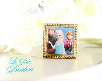 Elsa, Anna, and Kristoff Frozen sisters necklace