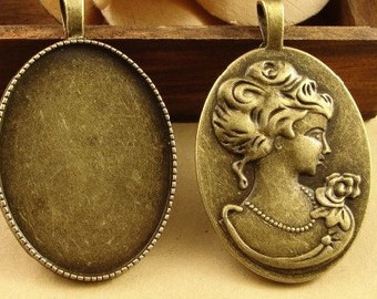 10 Pendant trays- 30x40mm Antique Bronzed Oval Bezel Cup Cabochon Mountings with ring Victoria Cameo Back- 110g