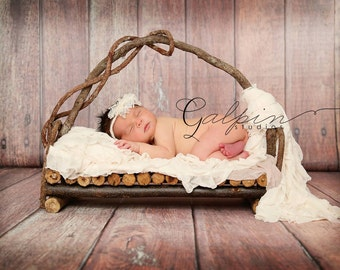 Newborn rustic vine Photogarphy bed