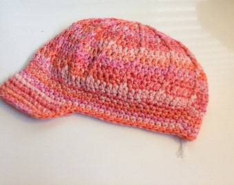Women's ribbed newsboy, pink and coral, crochet. #13192