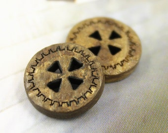 Wooden Buttons - Set 10 Gearwheel Pattern Small Wood Buttons.  0.47 inch