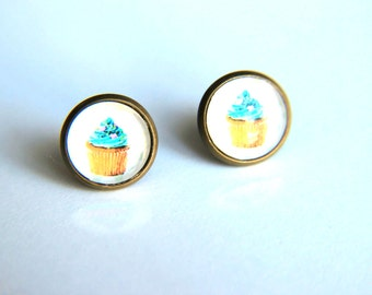 Cupcake Earrings: Transparent blue earrings placed in brass bezel, christmas, studs earrings, cupcake earrings