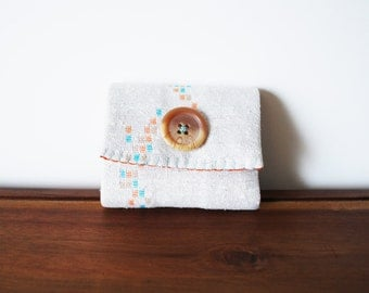 CLEARANCE-- White Graphic Print Business Card Holder with Beige Button