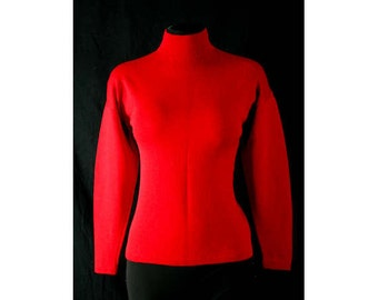 Size 6 Red Sweater - 1970s St John Knits Designer - Winter - Holiday - Size Small 70s Pullover - Jumper - Bust 34 - Waist up to 34 - 40582