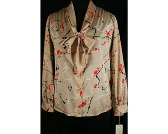 XL Splatter Print 70s Suit Blouse - Size 16 1970s Shirt - Long Sleeved Top - Business Wear - Tan Khaki & Red Abstract - Bust 42 - 31678-1