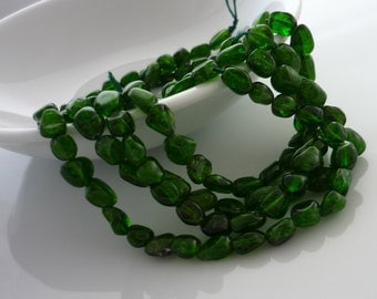 Rustic chrome diopside nugget beads 4-7mm 1/2 strand