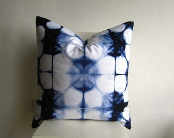XLarge 24 x 24 Shibori Pillow Cover  in Navy Blue