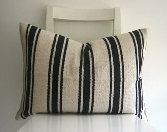 Lumbar Grain Sack 22 x 16 Vintage Style Cushion cover- Navy Blue
