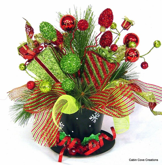 Top hat centerpiece floral arrangement christmas holiday red - Best dried flower arrangements a colorful winter ...
