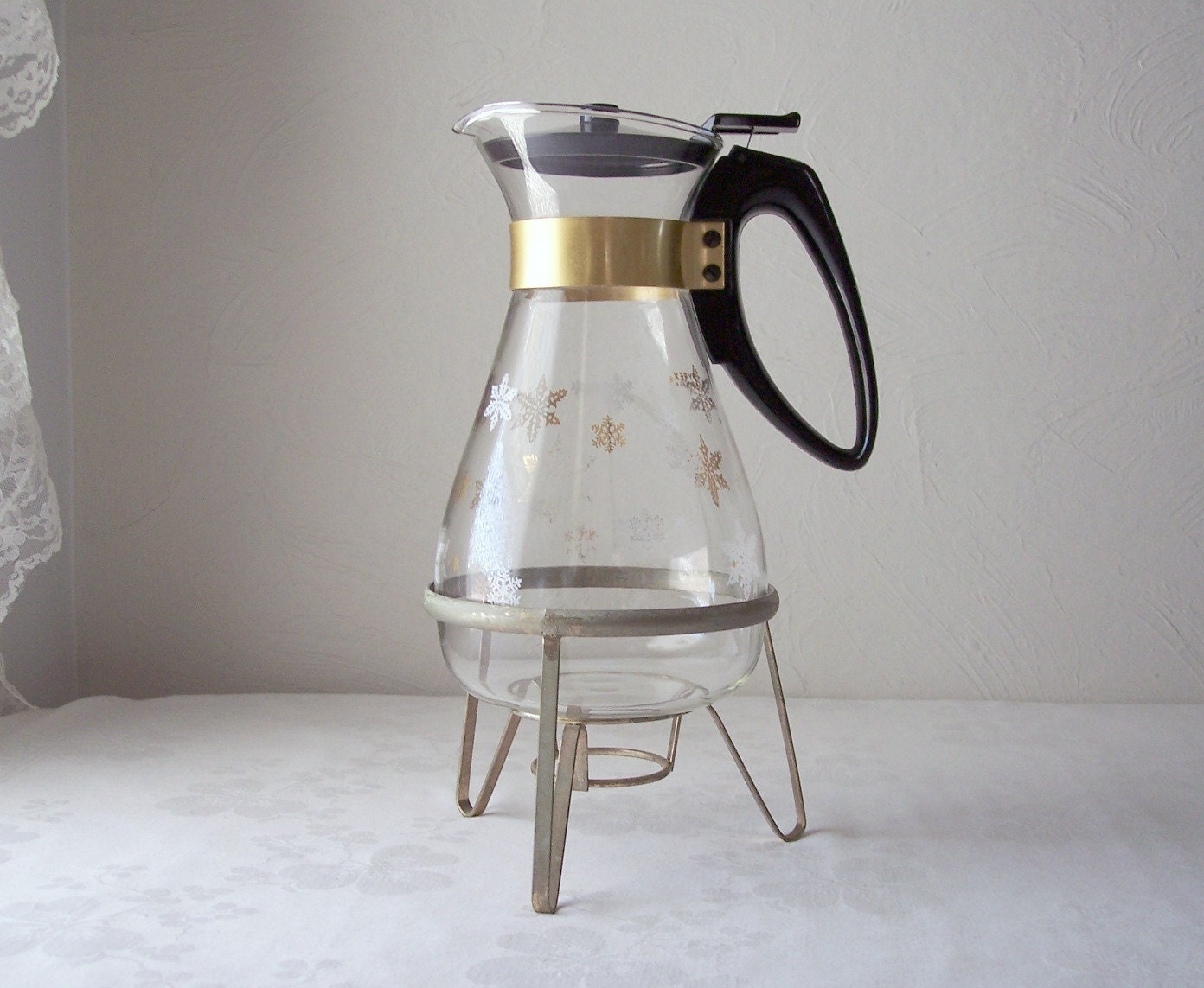 vintage pyrex snowflake coffee carafe 1960s mid century
