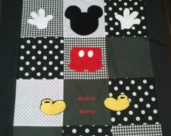 Minnie Mouse Damask Crib Toddler Bedding Quilt