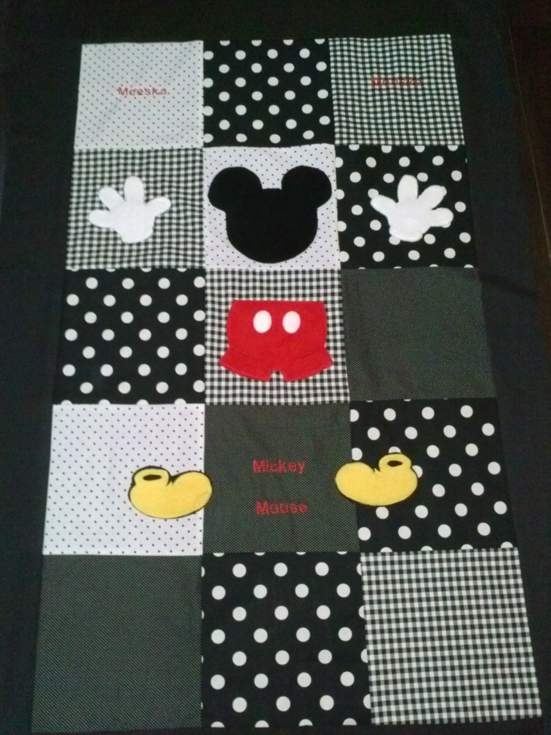 Mickey mouse clubhouse toddler crib quilt - Colchas cuna patchwork ...