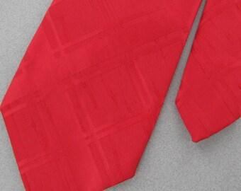Vintage Necktie Sears Texture Red Solid Embossed Geometric 60's 70s Men's Neck Tie V1-66