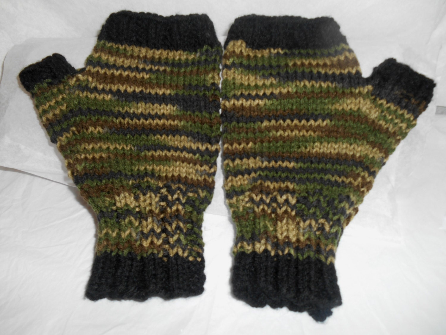 Knitting Pattern For Hunting Mittens : Mens Black and Camo Fingerless Gloves Large to by AspenLeaves