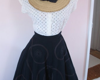 1940's Full Circle Skirt, Beautiful Swirl Detail Trim, WW2 era