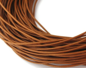 LRD0105013) 1 meter of 0.5mm Light Brown Round Leather Cord