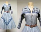 Vintage 1950s Dress / 50s Cotton Rockabilly Western Novelty Print Dress Full Circle Skirt / Medium