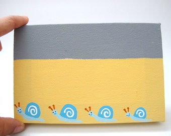 Personalized door sign, kids name plate -  kids door sign Yellow  and grey canvas sign, snails door sign, family sign