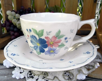 Japanese Porcelain Tea Cup Teacup and Saucer - Nikko 11096