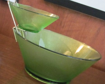 Vintage 60's Mid Century Mod Ribbed Lime Green Chip and Dip Bowl Set - Serving - Entertaining - Cocktail Party - Chips - Popcorn - Snacks
