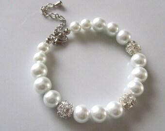 White pearl bracelet with cryastal rhinestone balls, white pearl bridal bracelet, bridesmaid bracelet, wedding jewelry, bridesmaid gift