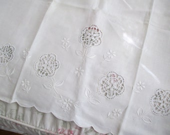 Amazing Vintage Italian White Reticella Lace Needlelace Embroidered Flowers Crib Sheet Linen M67