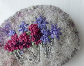 Wild Summer Garden embroidered felt brooch