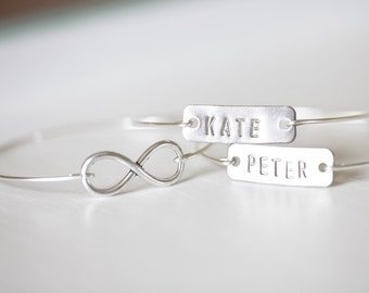 Name Tags Bangles Set, Silver Infinity Wedding Jewelry, Personalized Name Bangle, Personalized Anniversary Gift for Her, Anniversary Gift