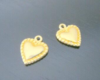 Matte Gold Tarnish Resistant mini heart bead disk Connectors, Earring Findings, pendants, 2 pc , S513521