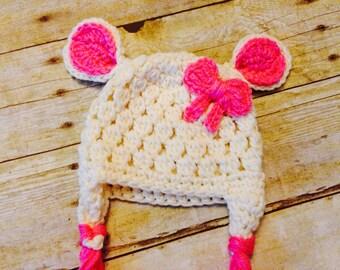 Crochet baby girl lamb hat, newborn prop, photo prop, lamb beanie, little girl lamb hat, baby shower gift