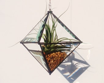 Large Pyramid Beveled Glass Orb Air Plant Planter with Bevel Accent.