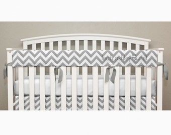 Teething Crib Rail Cover Protector - Gray Chevron - T1a