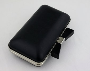 7 x 4 inches ( 17.5 x 10 cm) - Black Bow - Silver Dressing Case with Chain Loops (CBF-BOW13)