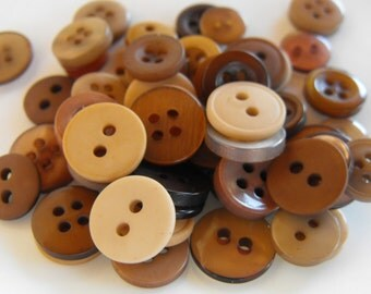 Teddy Bear Brown Buttons, 50 Small Assorted Round Sewing Crafting Bulk Buttons