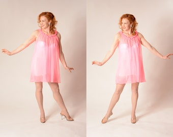 Vintage 1960s Pink Babydoll Nightgown - Boudoir Lingerie - Bridal Fashions Size S