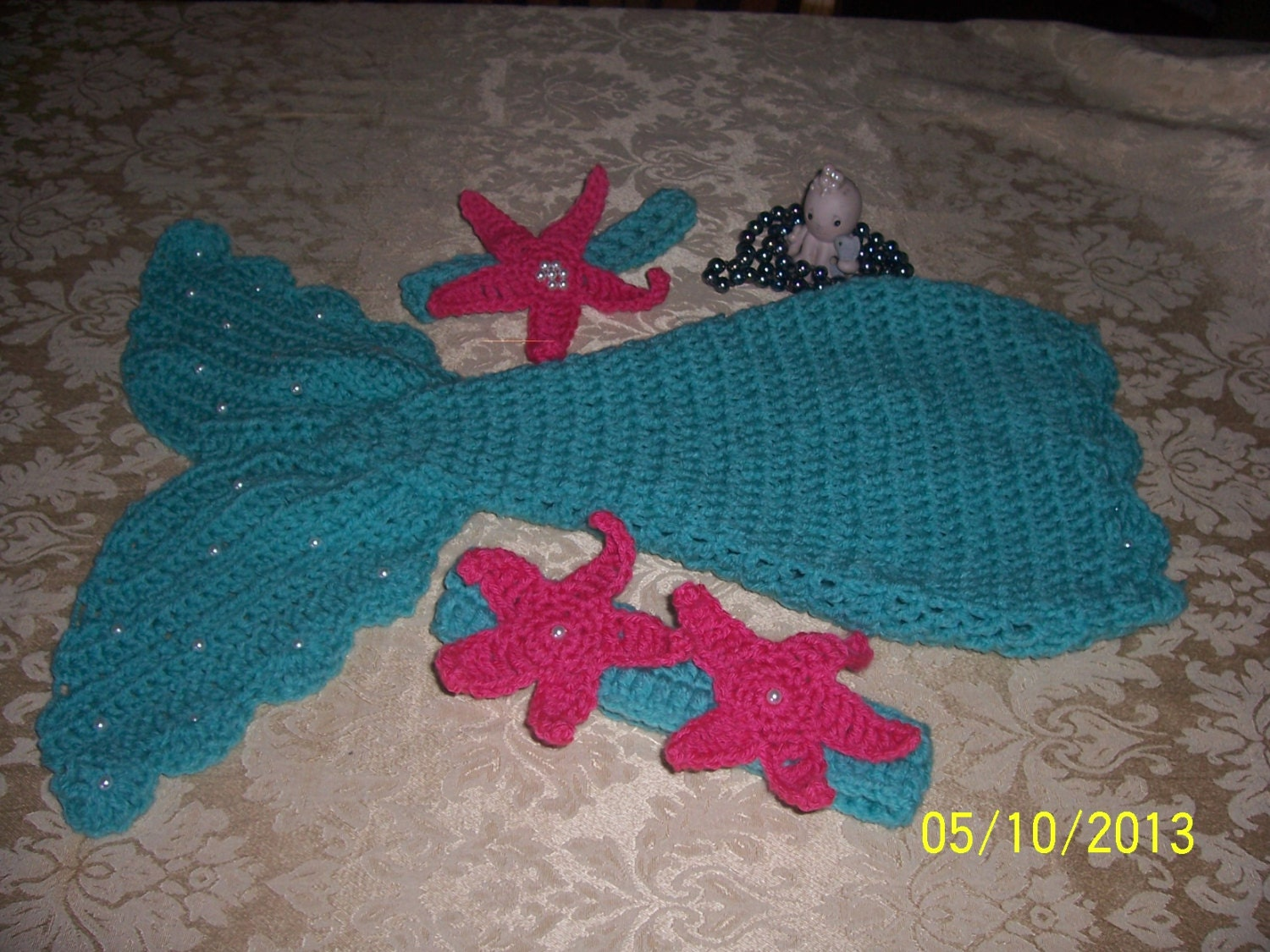 Crochet baby mermaid patternincludes starfish and shell top zoom bankloansurffo Choice Image