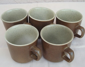 Vintage FRANCISCAN Pottery England 5 Cups In Olive Color.
