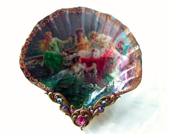 Nymphs At Play Small Shell Jewelry Dish