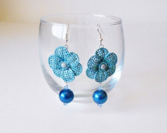 Cornflower Blue Floral Earrings, Glass Pearls & Crystal Drops, Big Flowers, Retro Chic, Cobalt blue, Dangle earrings, Vintage style