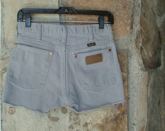 90s WRANGLER DENIM CUTOFFS vintage pastel grey shorts 27 S