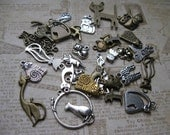 Cat Collection of Charms and pendants in various colors - C1627