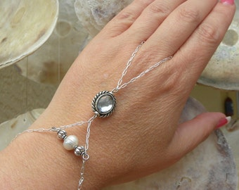 Bohemian Gypsy Ring Bracelet ~ HandFlower with a Fresh Water Pearl